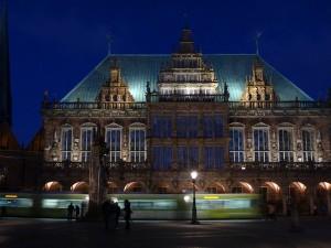 Bremer Rathaus bei Nacht